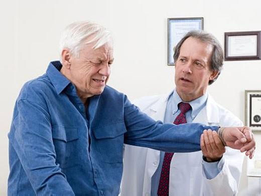 Könyök epicondylitis - tünetek és kezelés